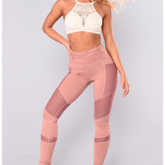 BNWOT Fashion Nova Sarina leggings